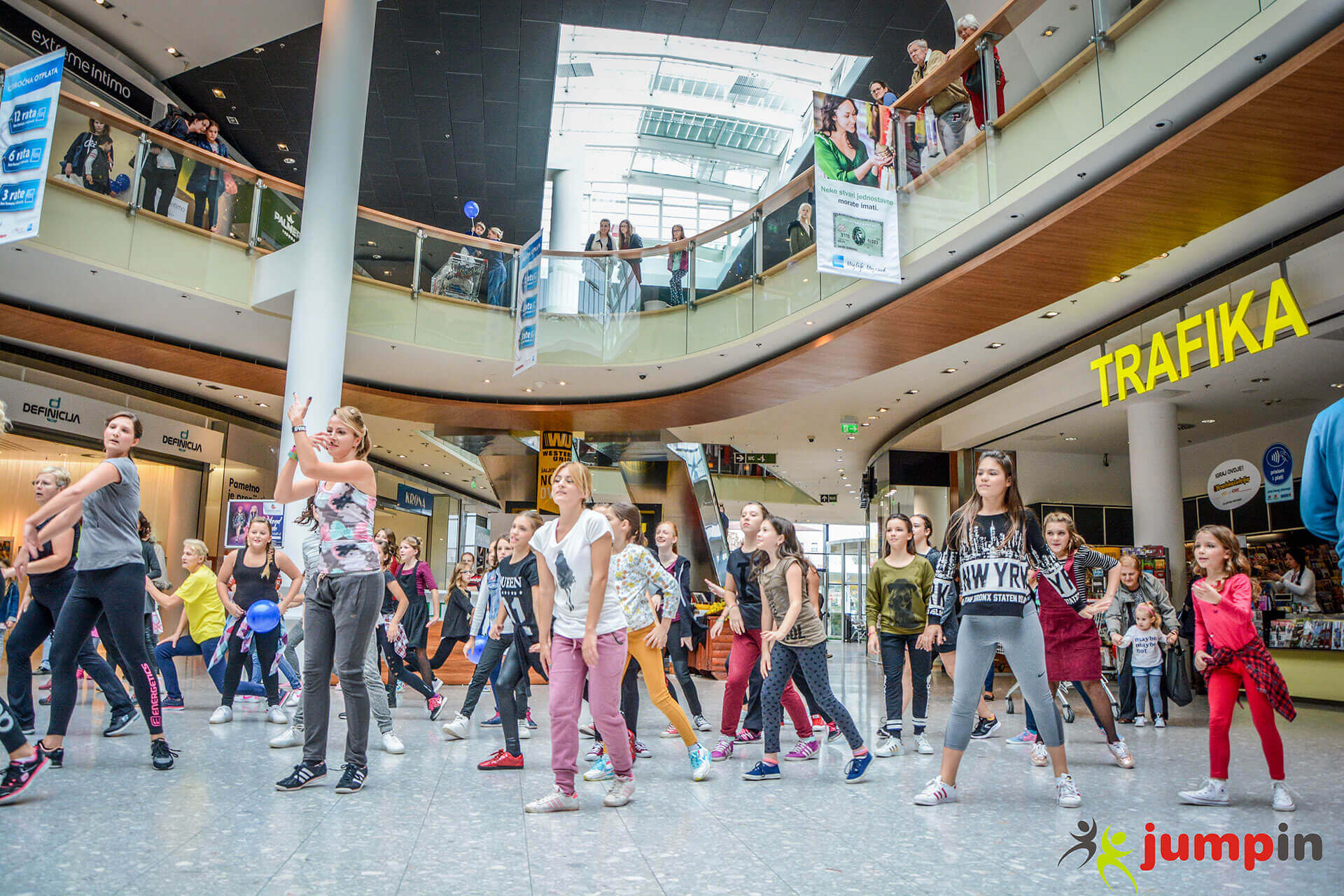 zumba-u-garden-mall-10