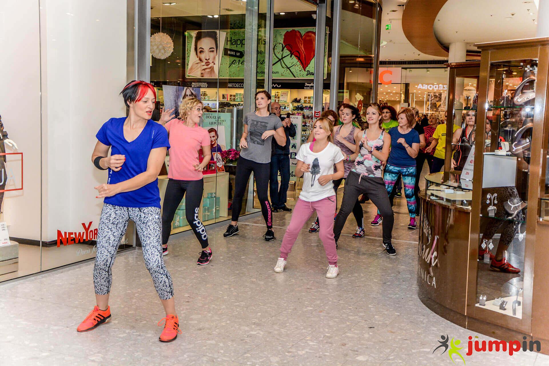 zumba-u-garden-mall-2